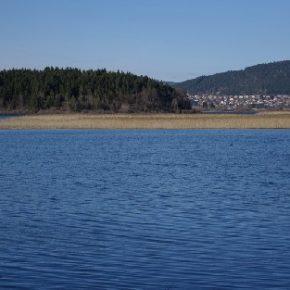686 4 290x290 - Jezero zalito